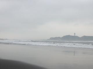 霞む江ノ島^_^